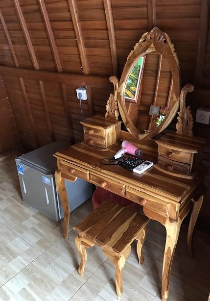 ペニダ島のラブリーホテルThe Peace Arta Bungalow